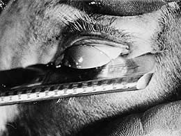 Bunuel Razor eyeball